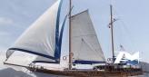 Ketch de 23 m avec 5 cabines pour 10 invités rénové en 2011