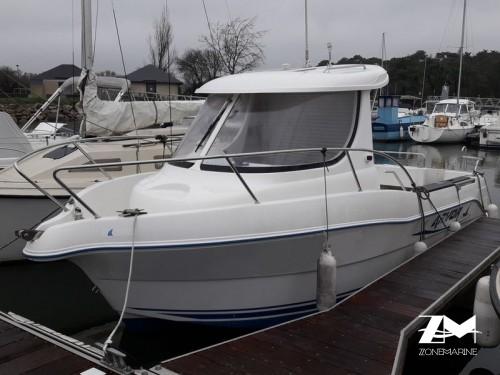 BATEAU ARVOR 210 idéal pour pêche de loisir