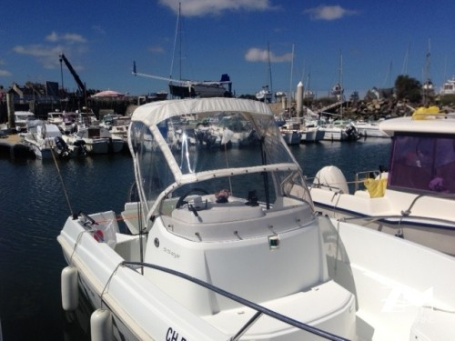 Capote PVC pour bateau open Jeanneau cap camarat 5.5 style