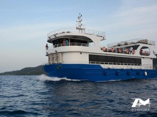 Bateau d'excursion Touristique à vision sous marine panoramique de 26m année 2016