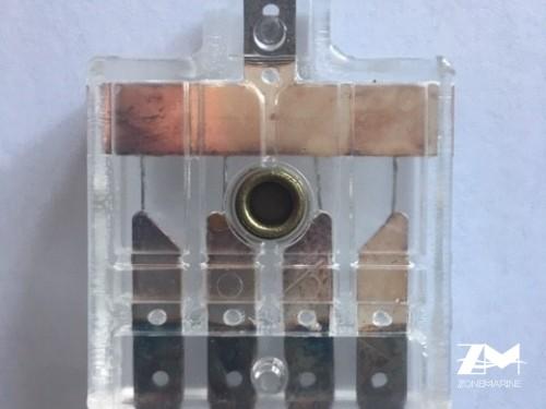 boitier a fusible volvo 824823